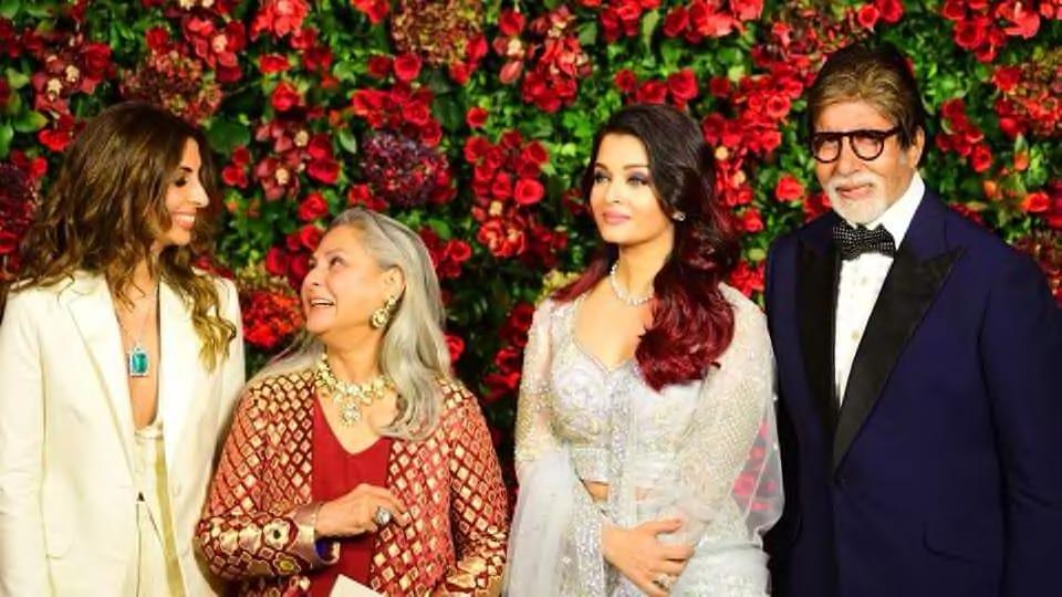 Amitabh Bachchan dances with Aishwarya Rai, Shweta at Deepika Padukone-Ranveer