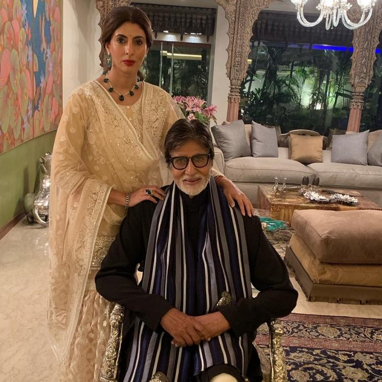 Amitabh Bachchan wanting to record Shweta Bachchan's ramp walk at a recent show is every father ever; WATCH 2